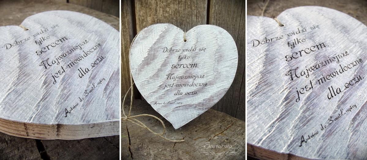 drewniane serce ze starej deski
