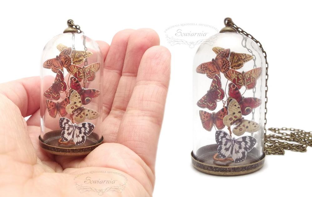 naszyjnik z motylami