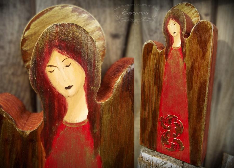czerwony anioł