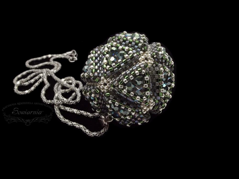 icosahedron bead