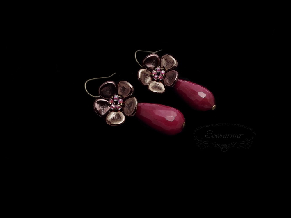 kolczyki kwiatki z jadeitem