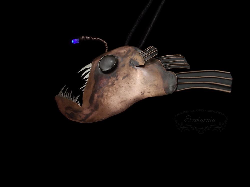 wisior anglerfish