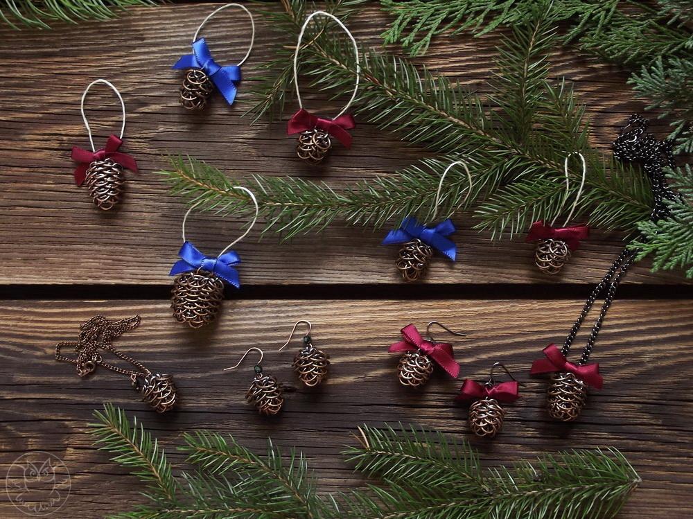 świąteczne dekoracje szyszki
