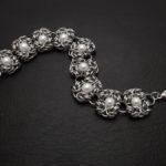 bransoletka chainmaille z perłami