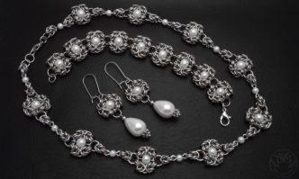 elegancki komplet z perłami