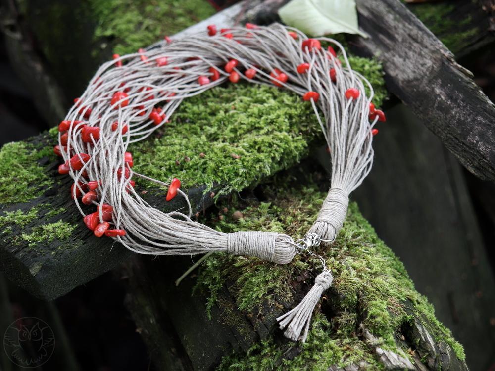 lniany naszyjnik z koralem