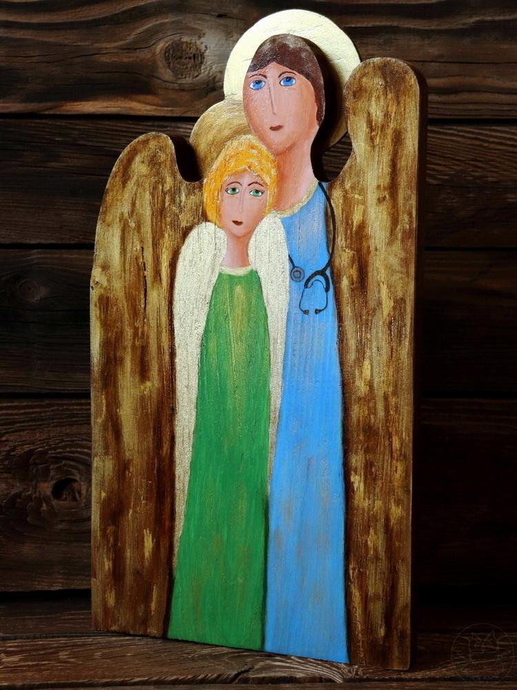 podwójny anioł z drewna