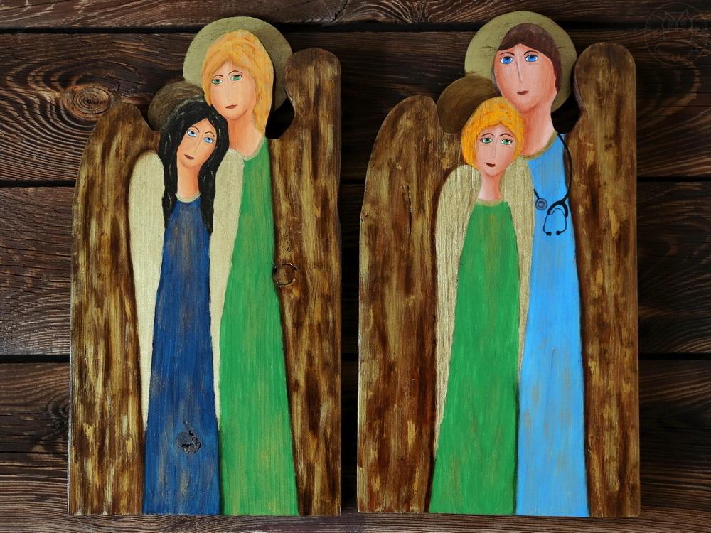podwójne anioły z drewna