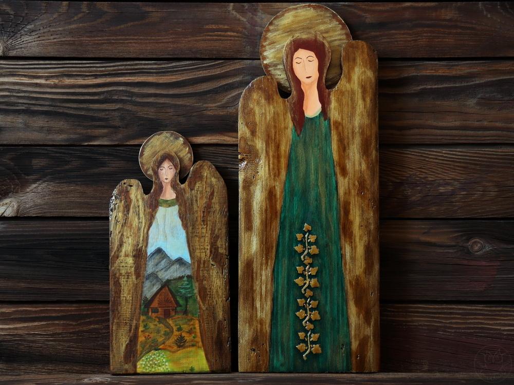 anioły malowane na deskach
