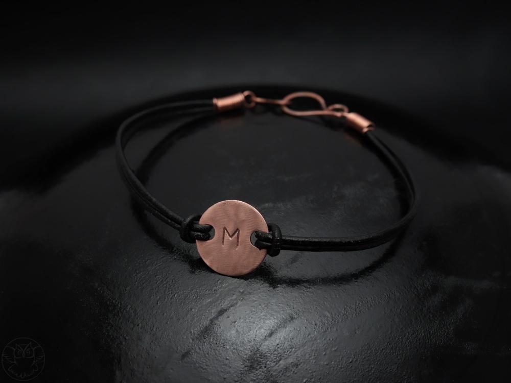 personalizowana bransoletka z inicjałem