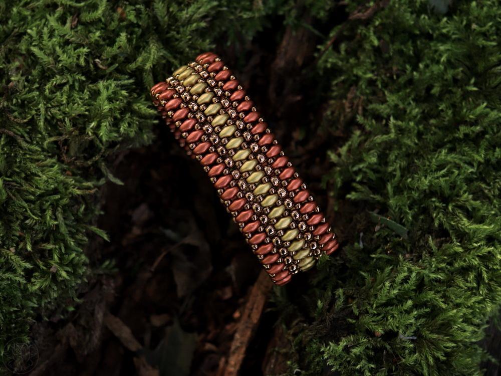jesienna bransoletka z koralików SuperDuo