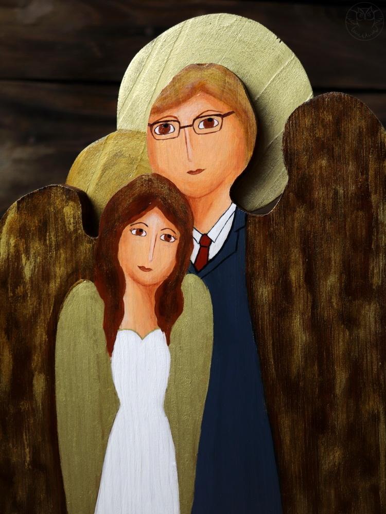 ślubny anioł ze starej deski