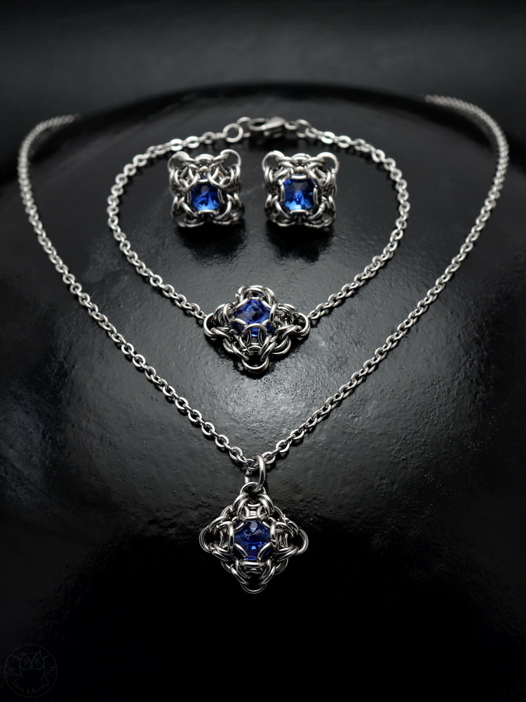 delikatny komplet chainmaille