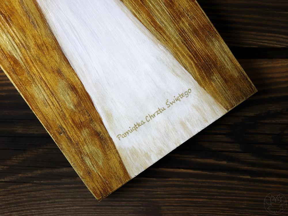 drewniany anioł pamiątka chrztu świętego
